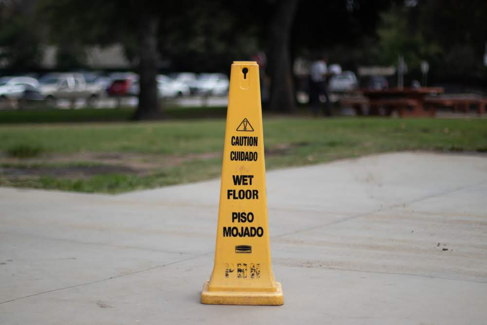 How To Minimize Injuries From A Slip & Fall